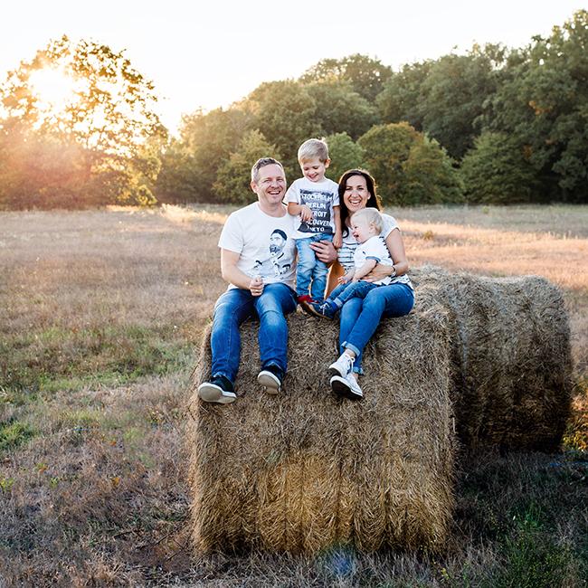 Fröhliche Familienportraits